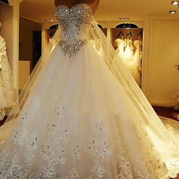 Amazing luxury wedding gowns bride dresses crystals cathedral amazing luxury wedding gowns bride dresses crystals cathedral wedding dresses free veil dresses for on luulla junglespirit Images